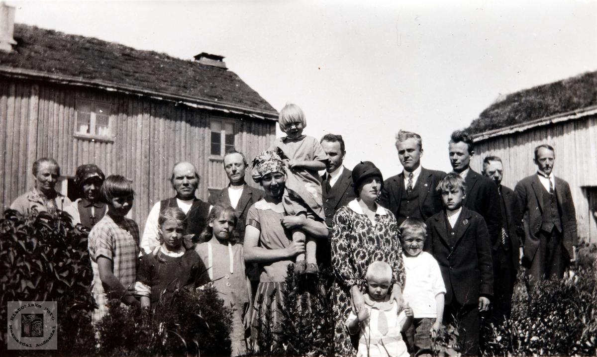 På besøk i Langåsen i Bjelland senere Audnedal.