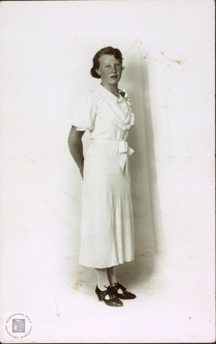 Konfirmant Edith Bjerland.
