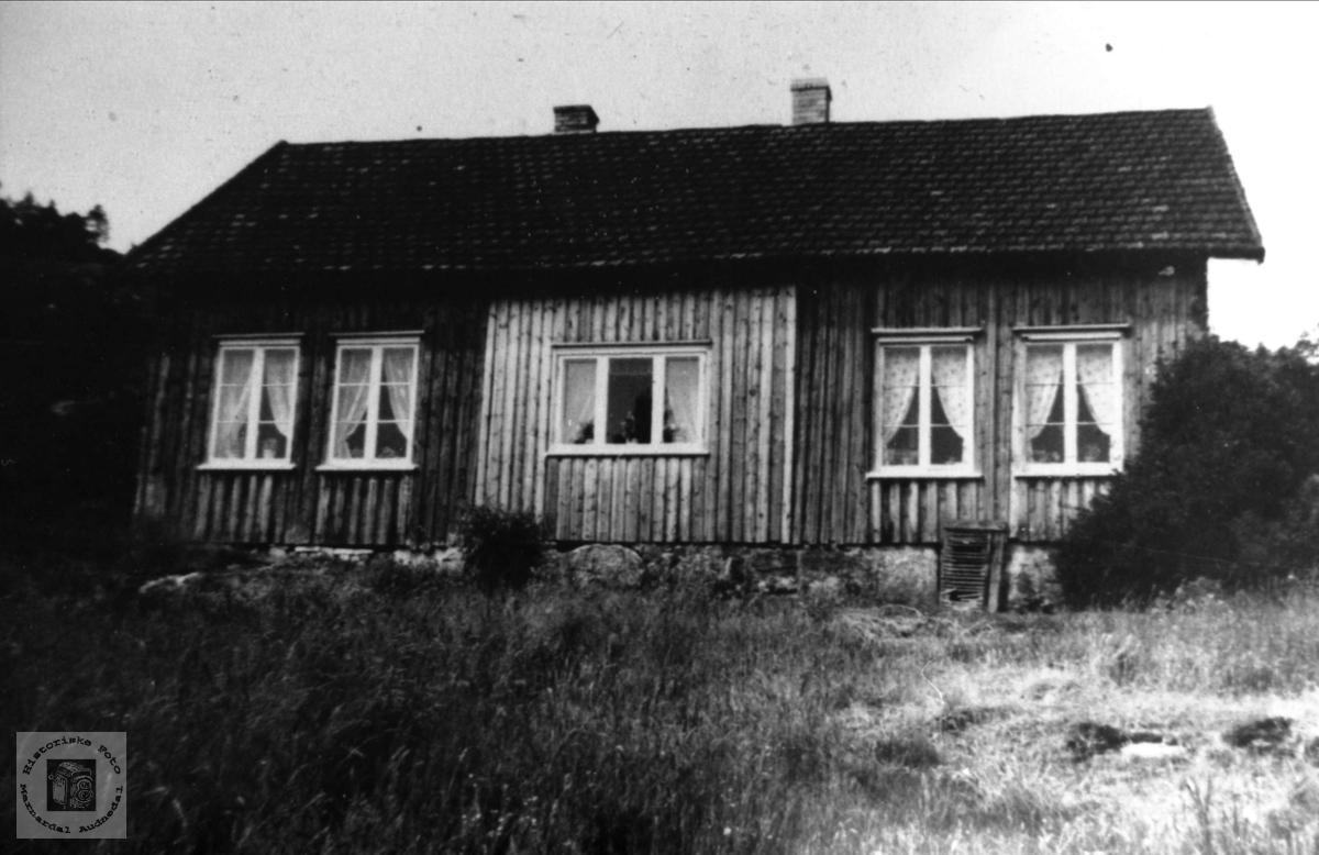 """Våningshuset """"Der oppe"""", Skaar i Øyslebø."""