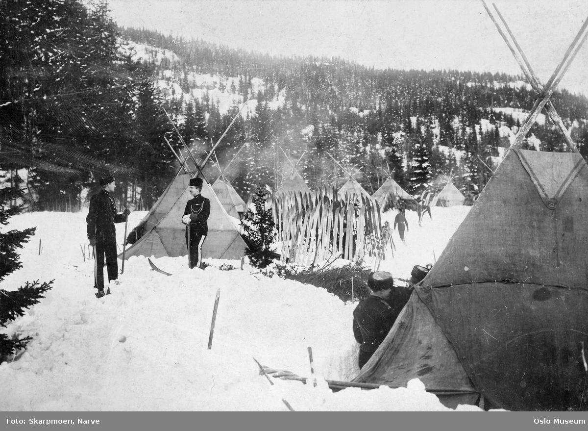skog, militærleir, bivuakk, soldater, ski, snø