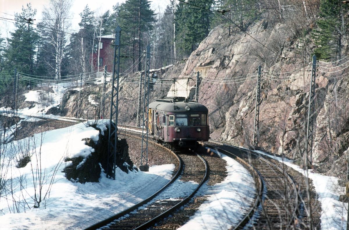 A/S Holmenkolbanen. Holmenkollbanen. Vogn 114 type 1939, (Skabo, Siemens Schuckert).