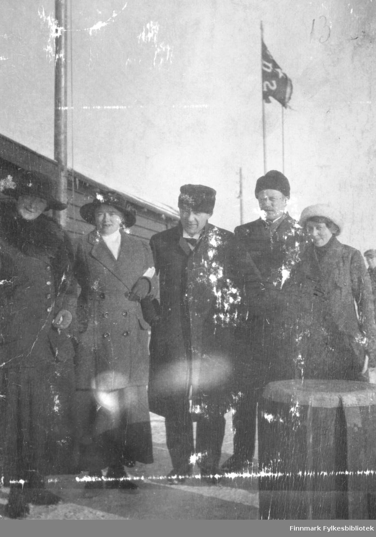 På dampskibskaien i Vadsø våren 1917