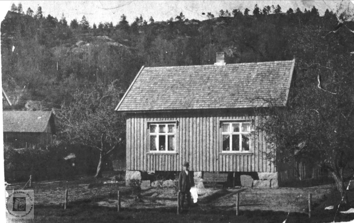 """Huset """"Dammen"""" nettop bygd"""