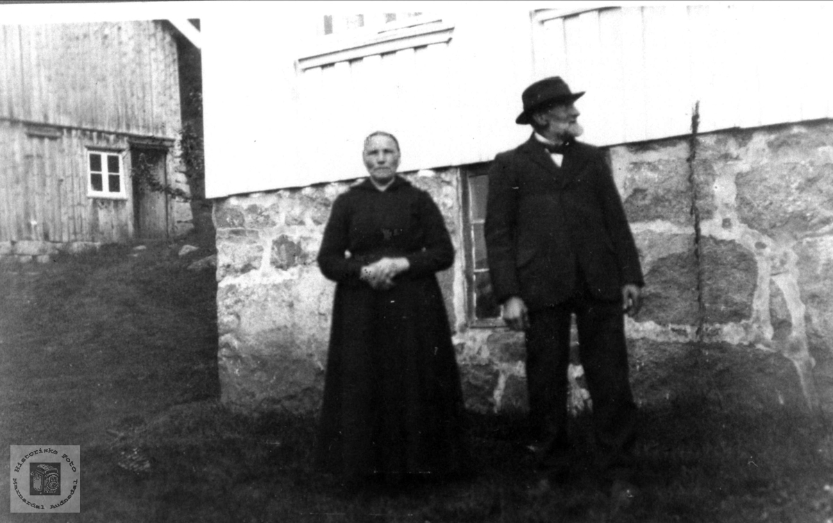 Ektepar. Anne Gurine og Knud O. Laudal.