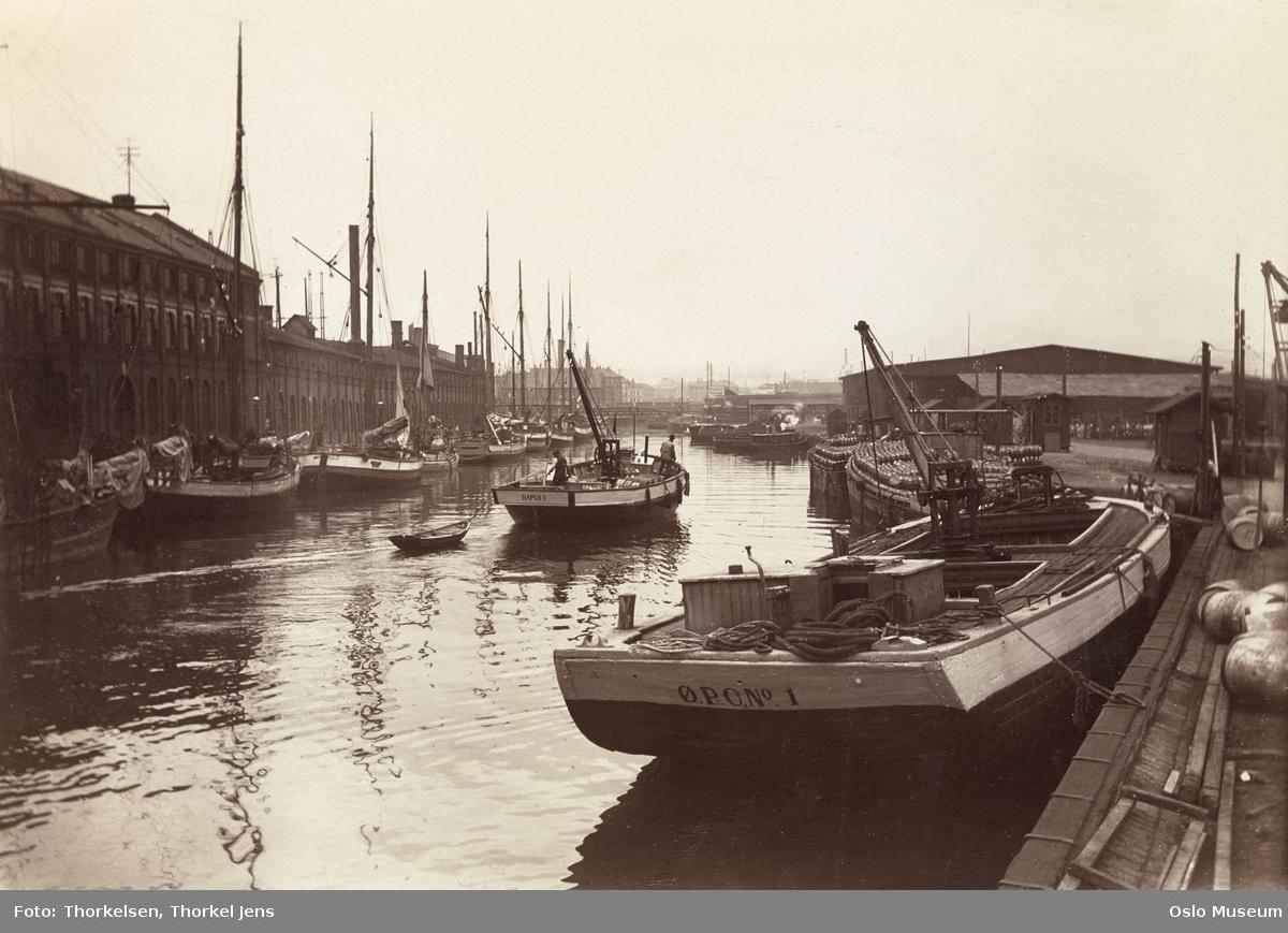 elv, utløp, lektere, fraktefartøyer, Nylands verksted, skipsverft