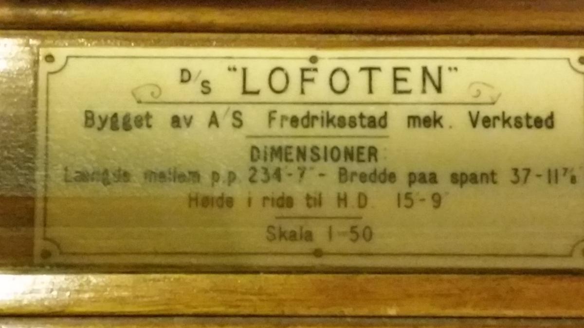 Hurtigruteskipet DS Lofoten
