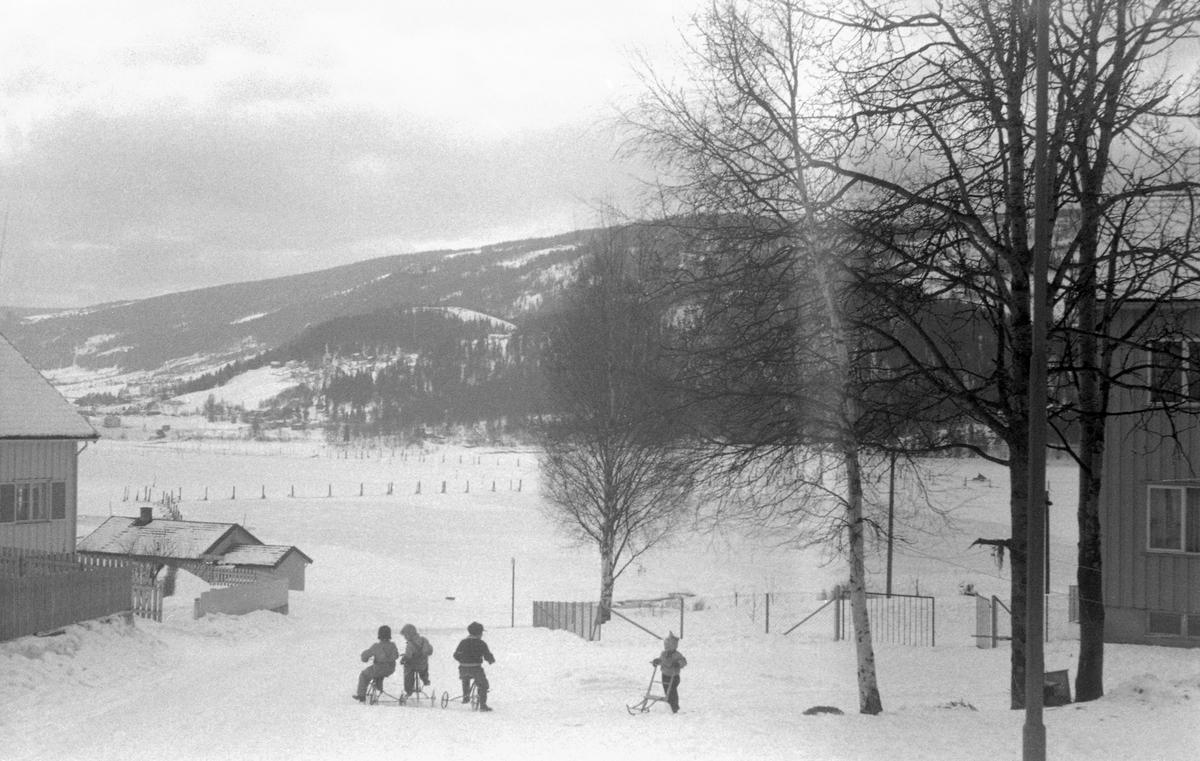 Vinterbilde Lillehammer lense. Mesna utløp og lense.