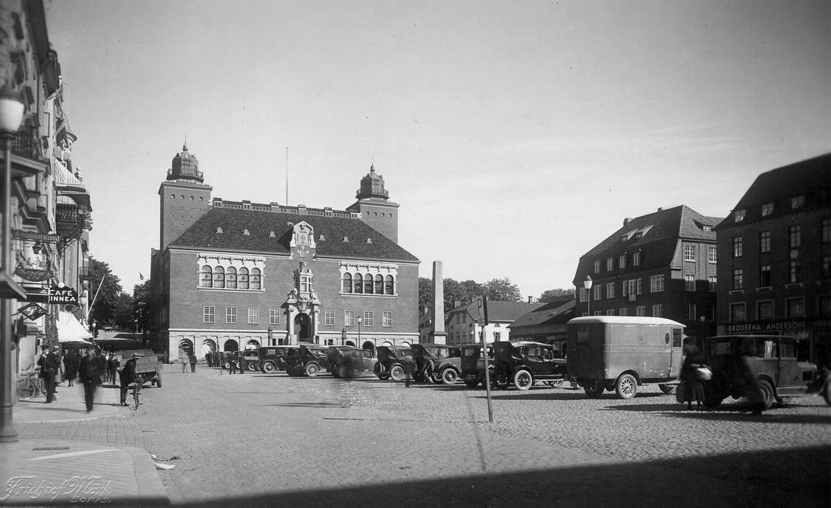 Stora Torget mot öster år 1931.