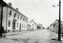 Storgatan, Växjö ca 1885, med blick österut. Till vänster (t