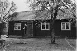 Bostadshus, Lörsta 1:2, Uppsala-Näs socken, Uppland 1984