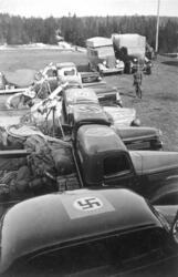 Tyske tropper i Gudbrandsdalen i april 1940. Oppstilte rad a