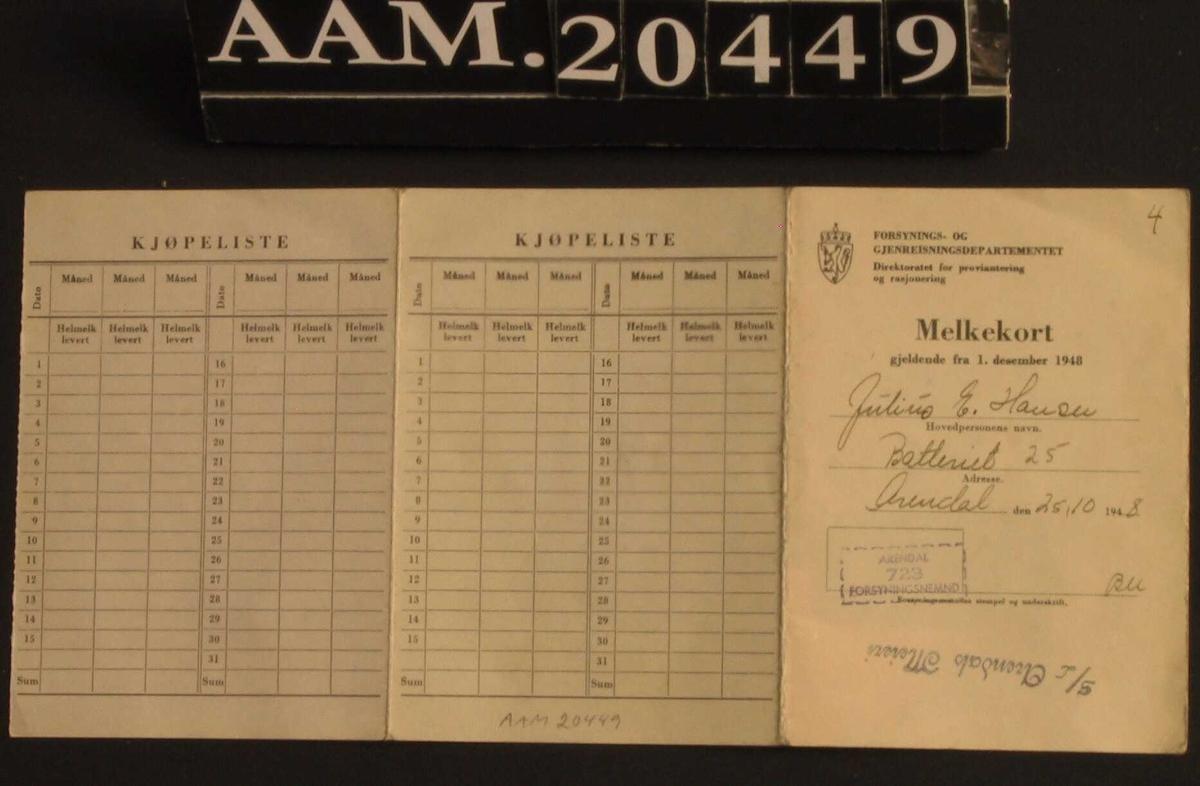 Melkekort.  Grått   kartongpapir.  Gjeldende fra 1. desember 1948.  Stemplet med blått:   Arendals Meieri. Kunde nr. 867.  Få avmerkinger for kjøp.