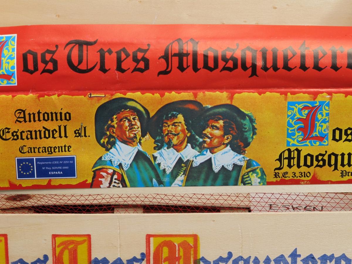 De tre musketerer,  appelsin.
