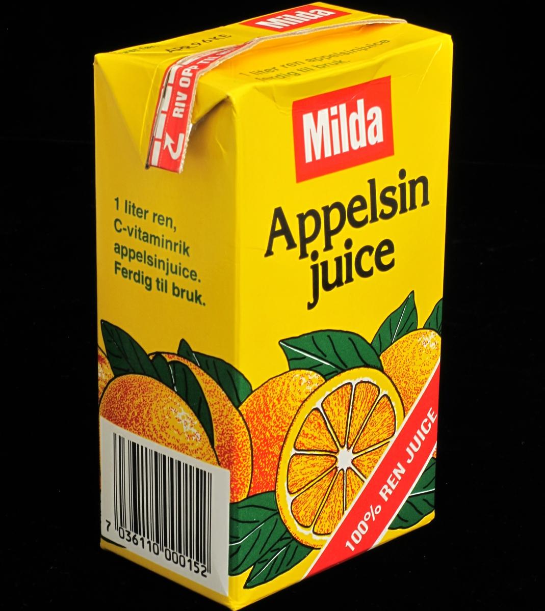 Appelsin, overskåret og hel, appelsinblader