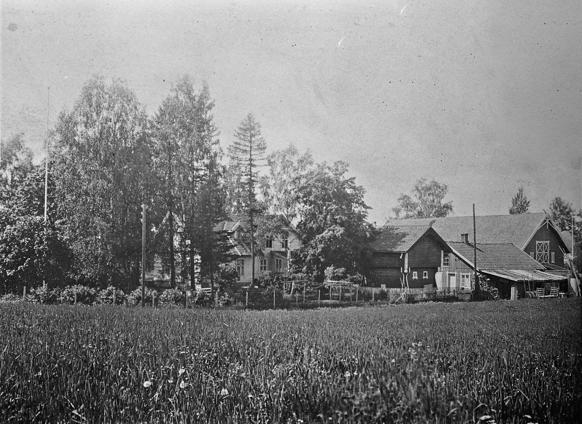 Gårdsbruk. Narvestad før 1938.
