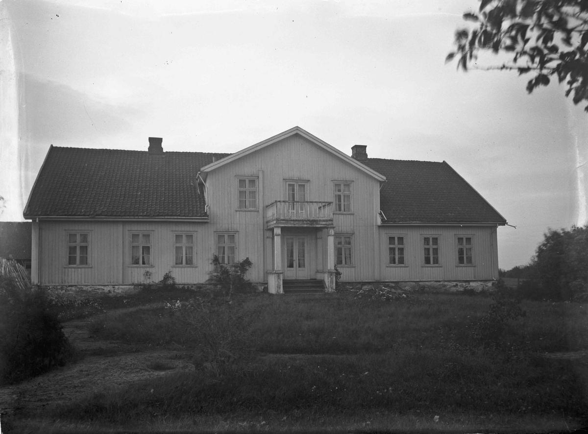Enebolig 12.04.2013: Dette er Melgarn Aas i Eidsvoll. Skrevet av: Trond Gundersen
