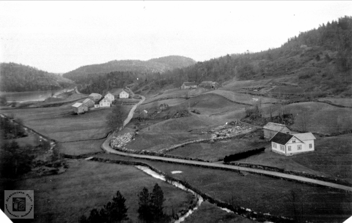 Brelandsbygda, Breland i Øyslabø.