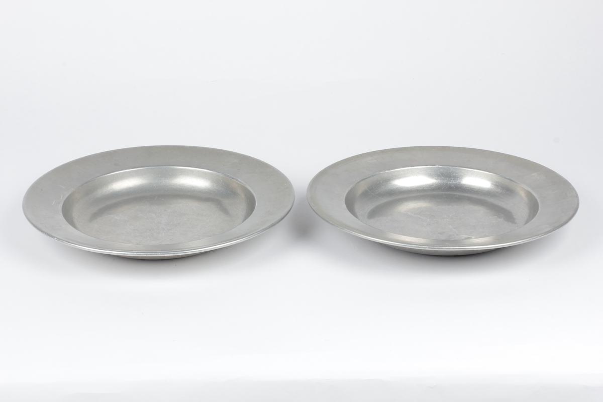 Form: Rund dyp tallerken