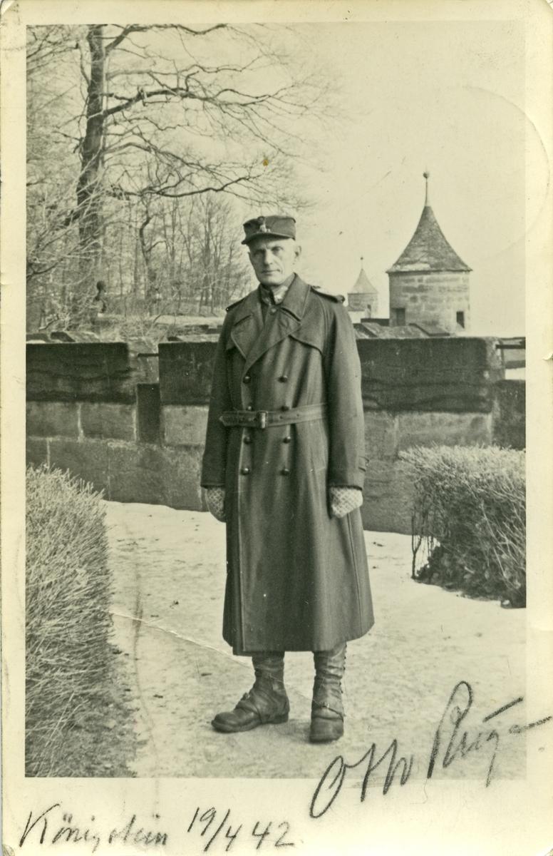 Portrett av Otto Ruge, med påskriften Kønigstein 19/4 1942.