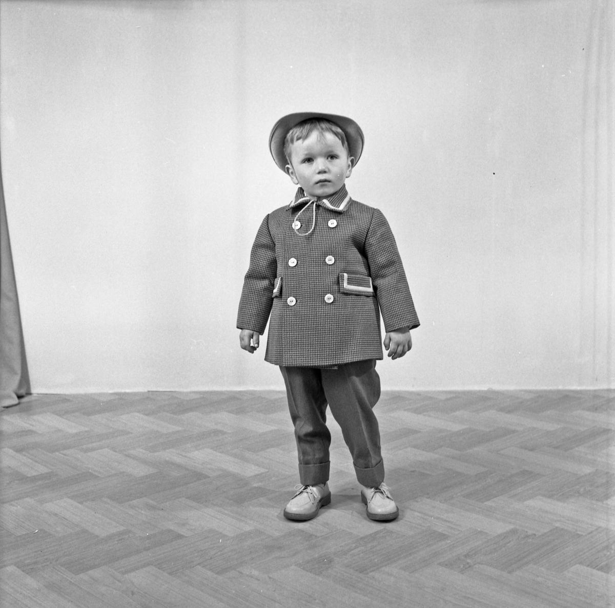 Portrett ung gutt - bestiller Sevald Eikeland