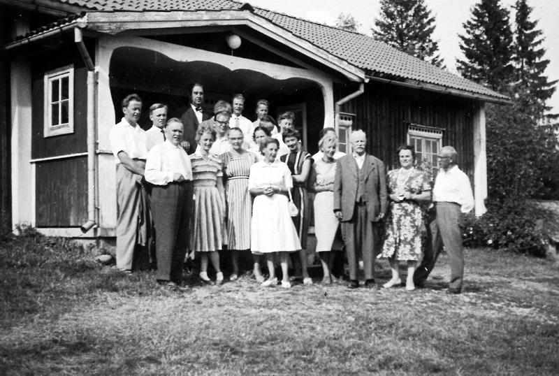 """Tredje från höger """"Nitaho-Jussi"""" Johannes Johansson"""