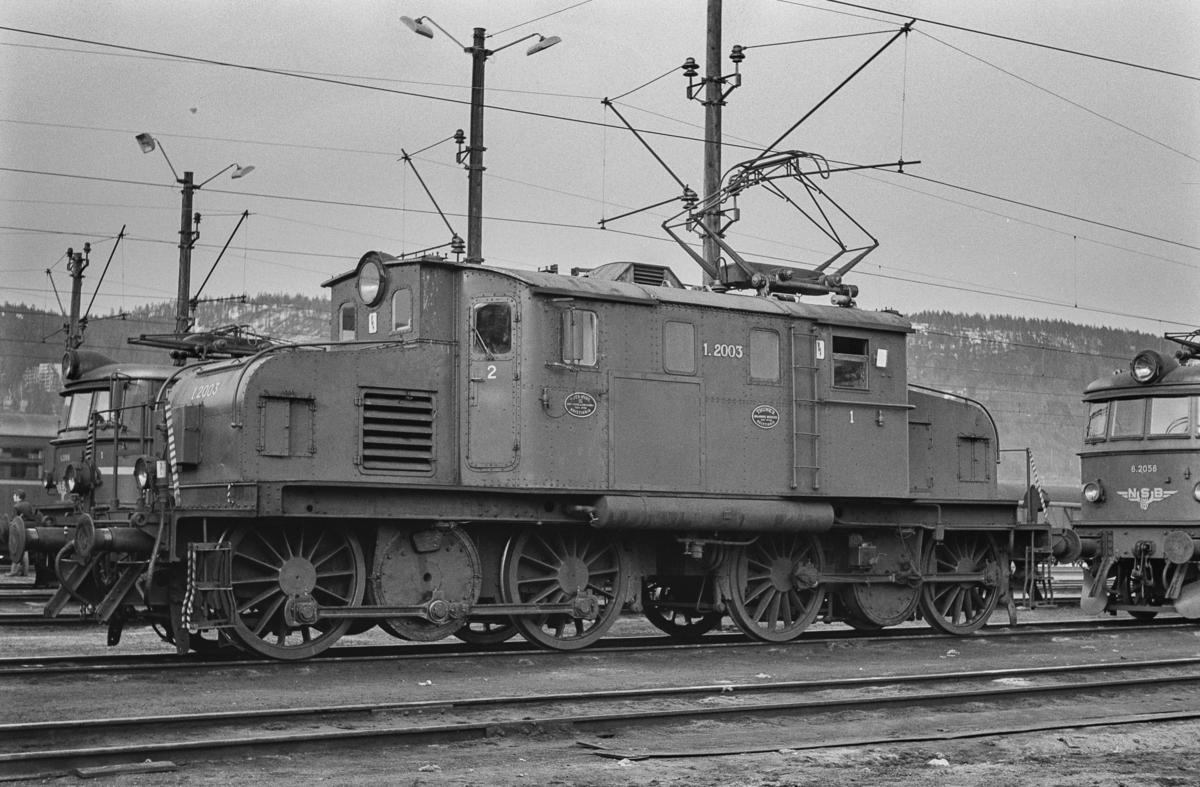 Elektrisk lokomotiv type El 1 nr. 2003 på Sundland i Drammen.
