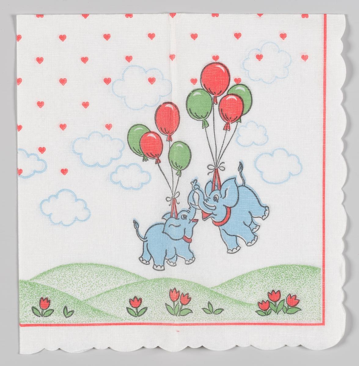 To lyseblå elefanter flyger avgårde båret av ballonger. Under elefantene er det et bølget grønt landskap med blomster. På himmelen er det lyseblå skyer og masse hjerter. En rød stripet kant.