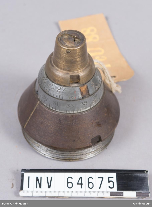 Grupp F II. Med rör och rörtallrik. Till räfflad bakladdningsmateriel, 16 cm haubits.