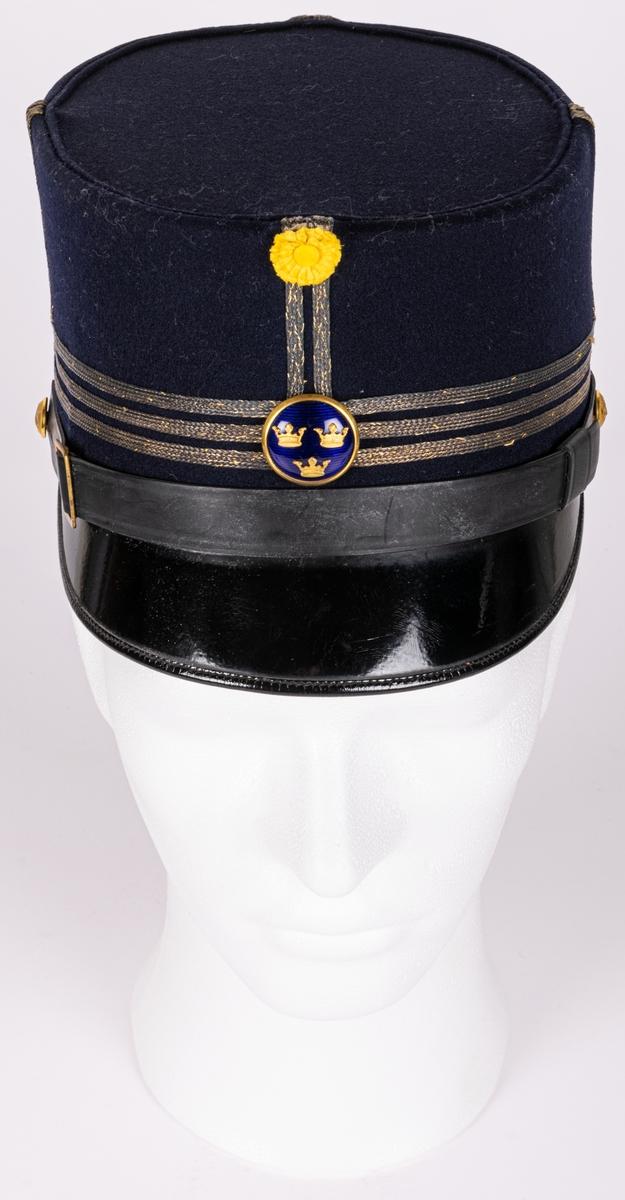 Uniformsmössa, militär modell/ä, blå med guldsnoddar. För kapten. I 14. M/1865-99.