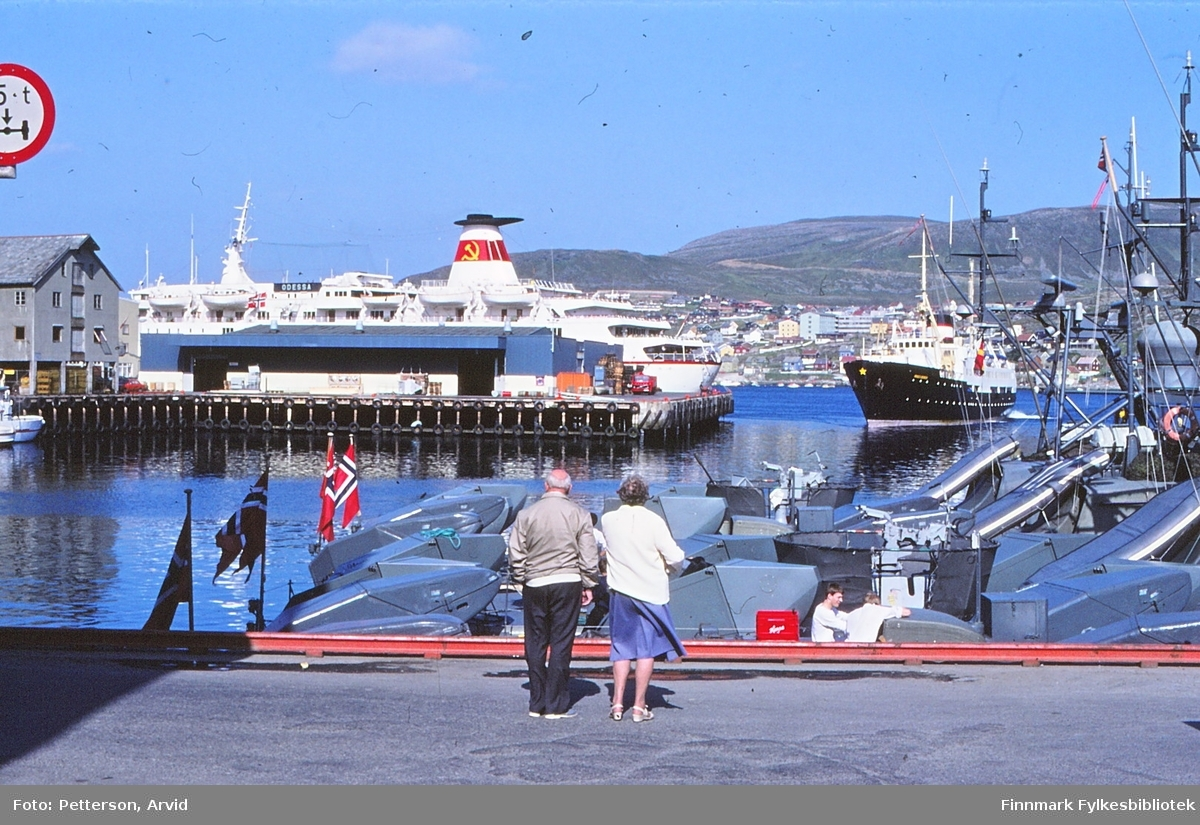 Flåtebesøk og turistskip Odessa fra Sovietunionen i Hammerfest 29.7.1983.