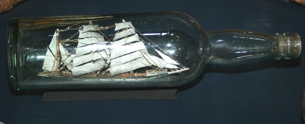 Form: Sylinderisk korpus,