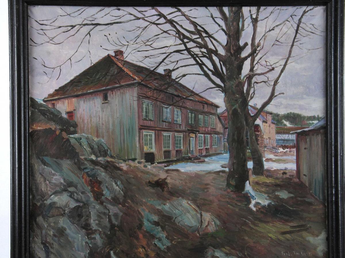 Kjøpmannsgård i Kolbjørnsvik, Poul Lassens hus, sett fra øst. Hisøy gnr. 6 bnr. 77  Fasaden mot sjøen.  Huset brant ned 1964 (?)
