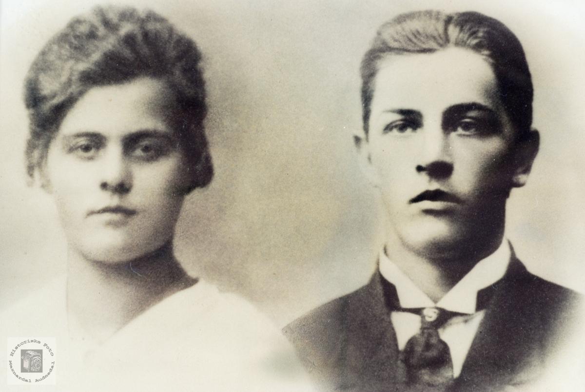 Portrett av ekteparet Guri og Torkel Hårtveit. Grindheim Audnedal.