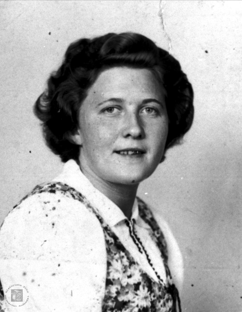 Portrett av Anna Homme, Bjelland.