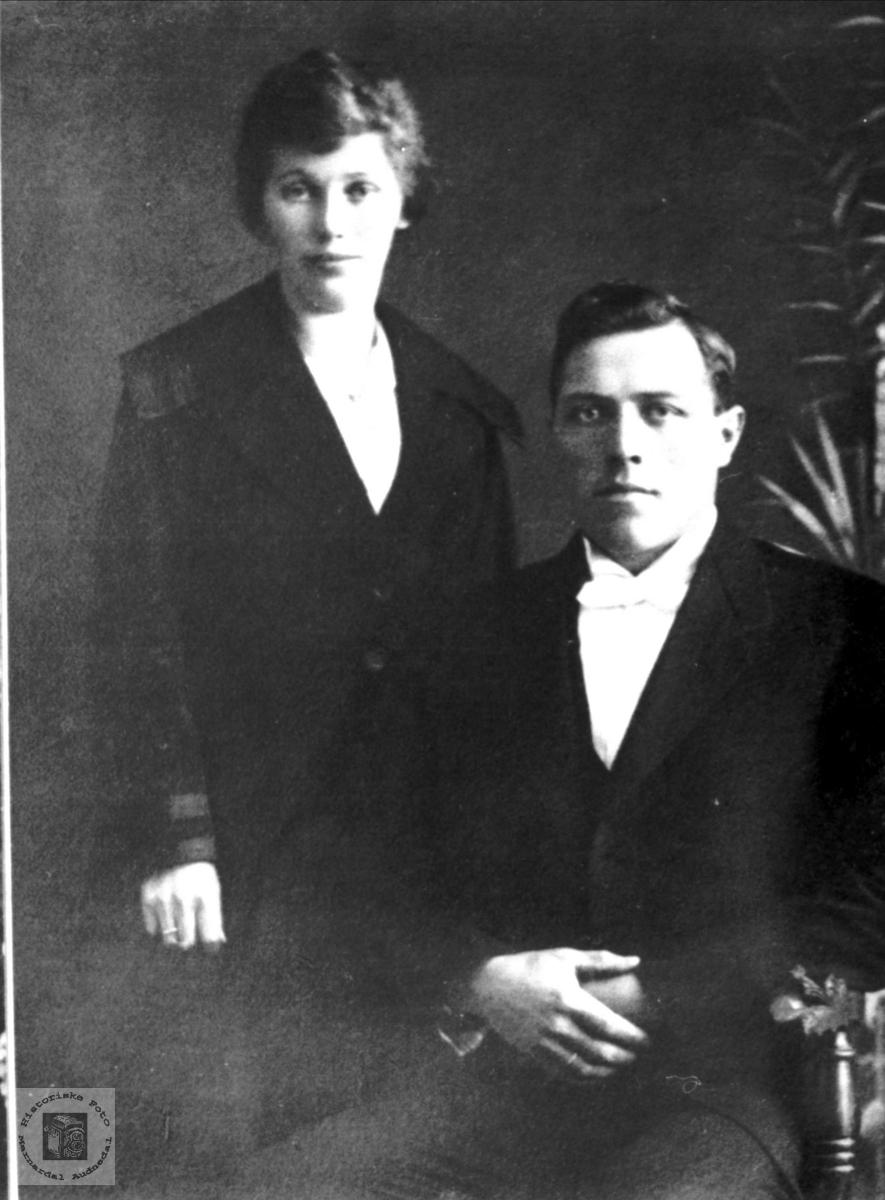 Ekteparet Olga og Bertel Ågedal