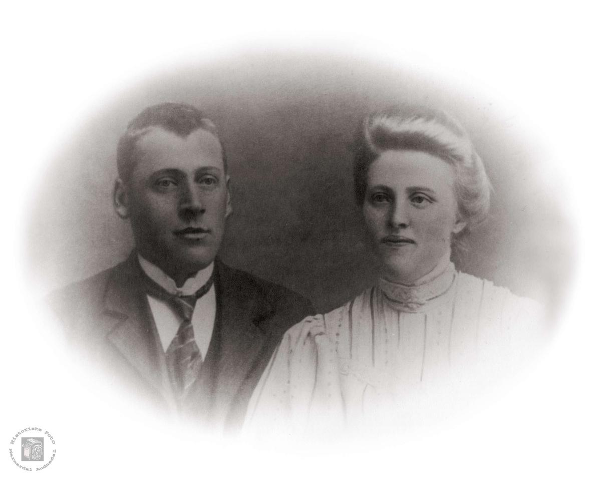 Ektepar. Ola og Johanna Fiddan.