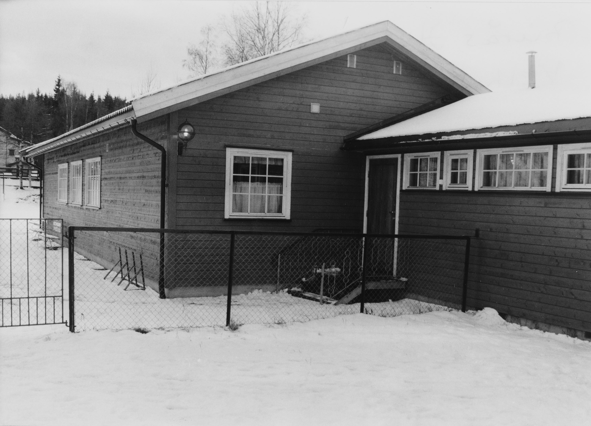 Burås vel bygde eget grendehus på dugnad.