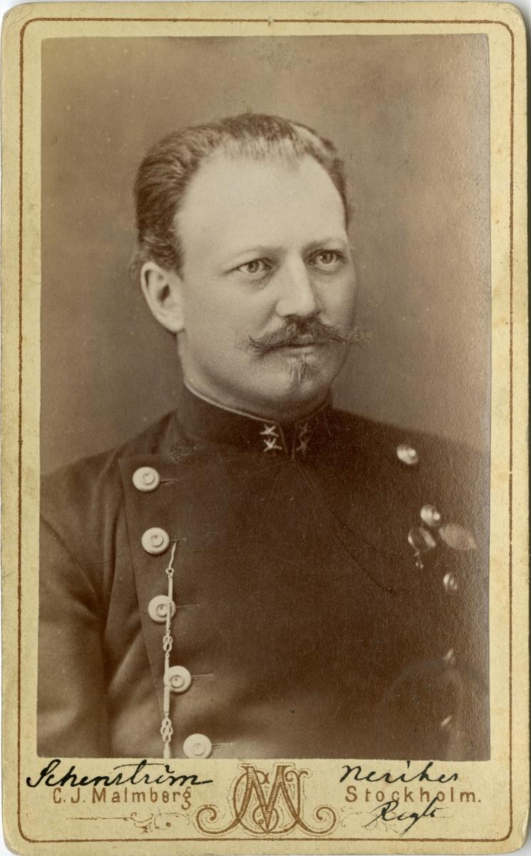 Porträtt av Rolf Oscar Alexander Schenström, löjtnant vid Närkes regemente I 21.