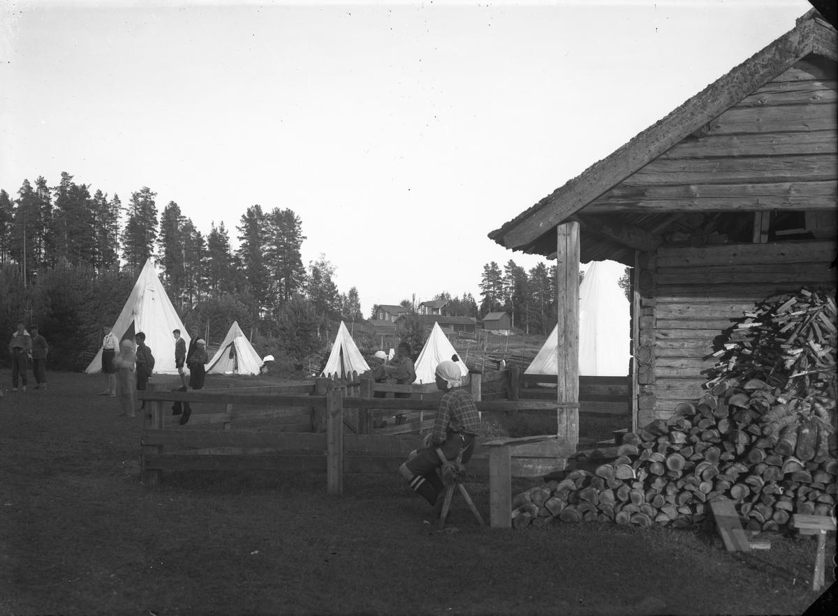 Scoutläger vid Högbackens fäbodar, början på 1930-talet.