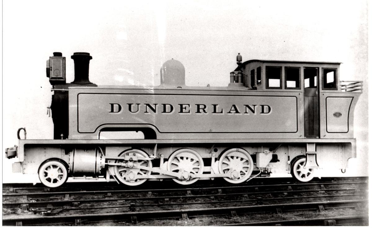 Fabrikkfoto av Dunderland Iron Ore Co.'s damplokomotiv, senere NSBs type 54a.