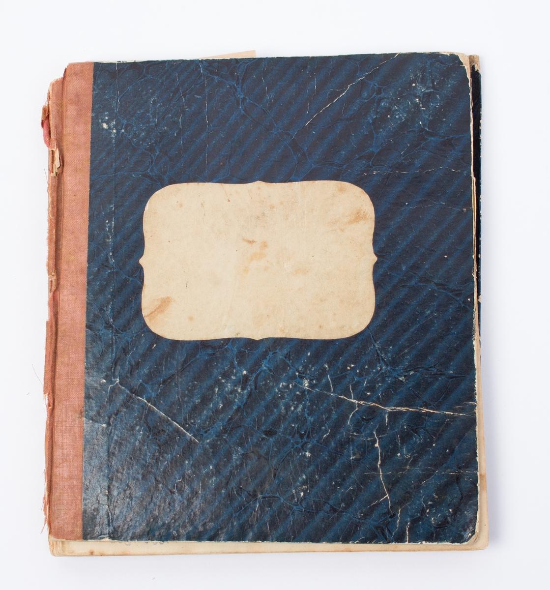Dagbøker fra brigg HANS HOLMBOE skrevet av Maren Svendsen på reise ombord i 1854-1859.