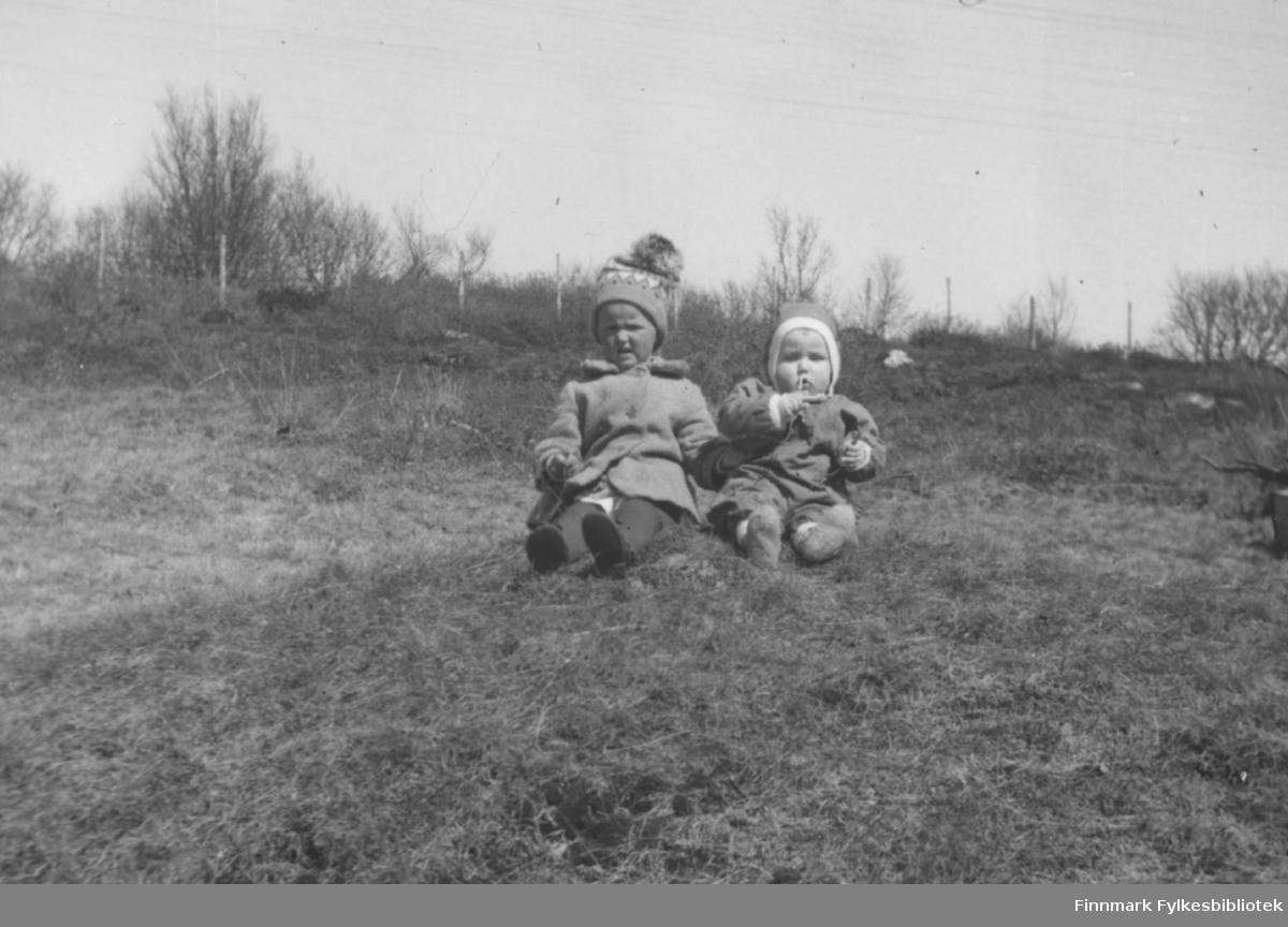 Anne og Trygve. 1962. Familiealbum tilhørende familien Klemetsen. Utlånt av Trygve Klemetsen. Periode: 1930-1960.
