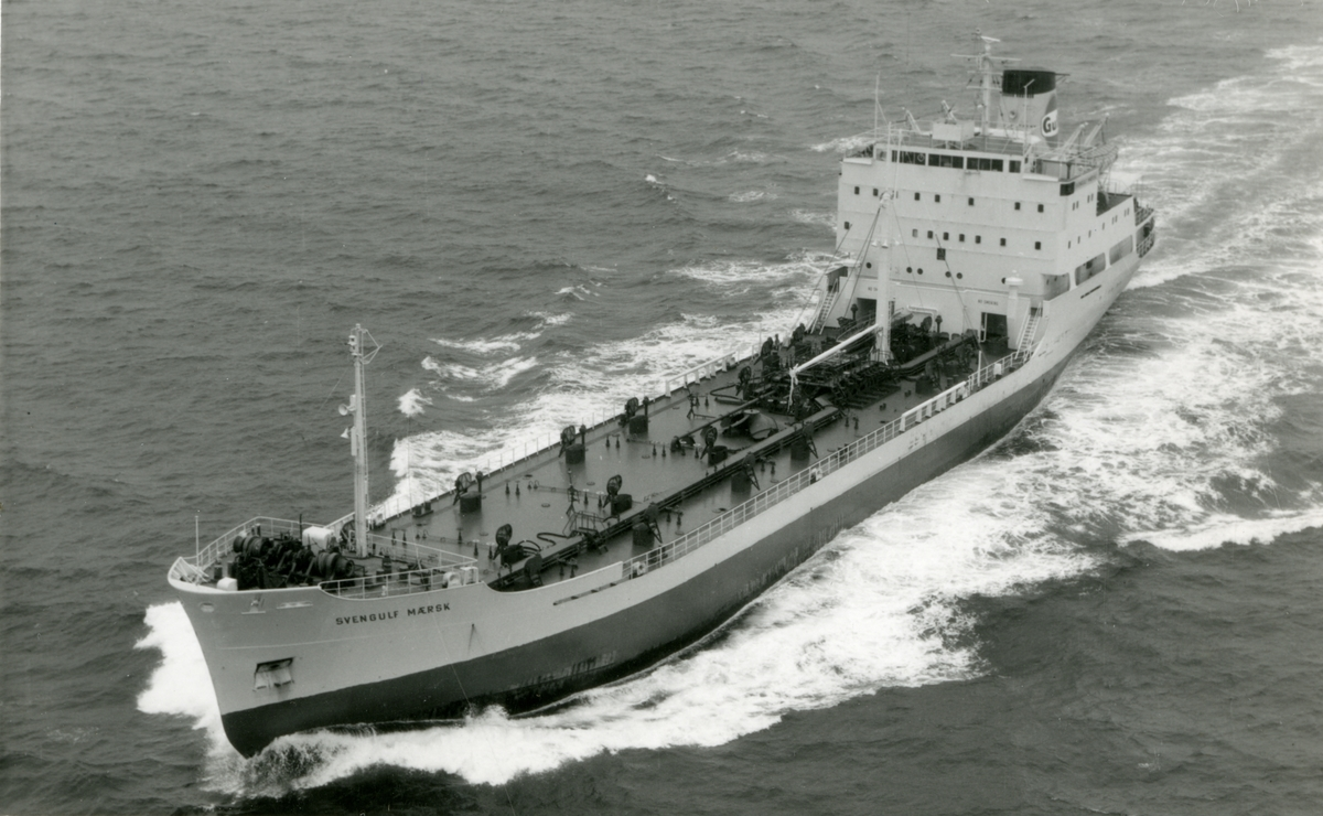Ägare:/1965-82/: ett partrederi, Huvudredare: A.M.M. Möller. Hemort: Köpenhamn.