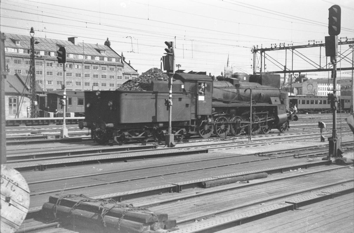Damplokomotiv type 26c nr. 398 på Oslo Østbanestasjon.