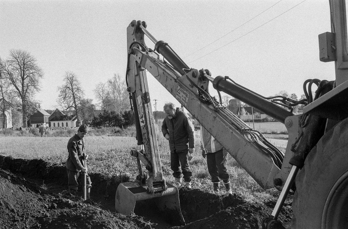 Oldsaksamlingen i Oslo har registrert funn etter gårdsanlegg fra Kristi tid ved Nordby kirke i Ås. Kan stoppe byggingen av menighetshus