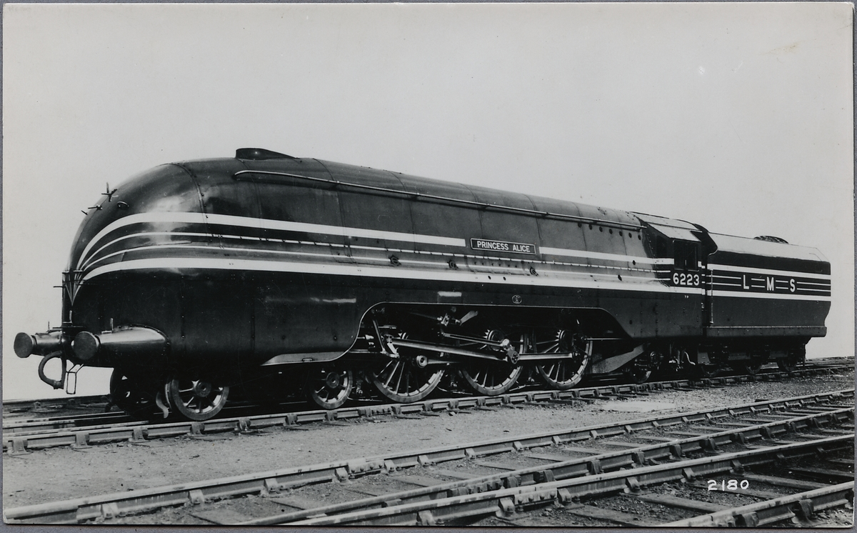 "London, Midland and Scottish Railway, LMS Princess Coronation 6223 ""Princess Alice""."