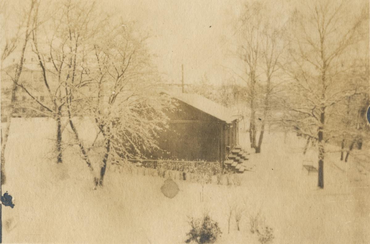 Trädgården vid befälsbostadshuset, Vaxholms grenadjärregemente I 26.