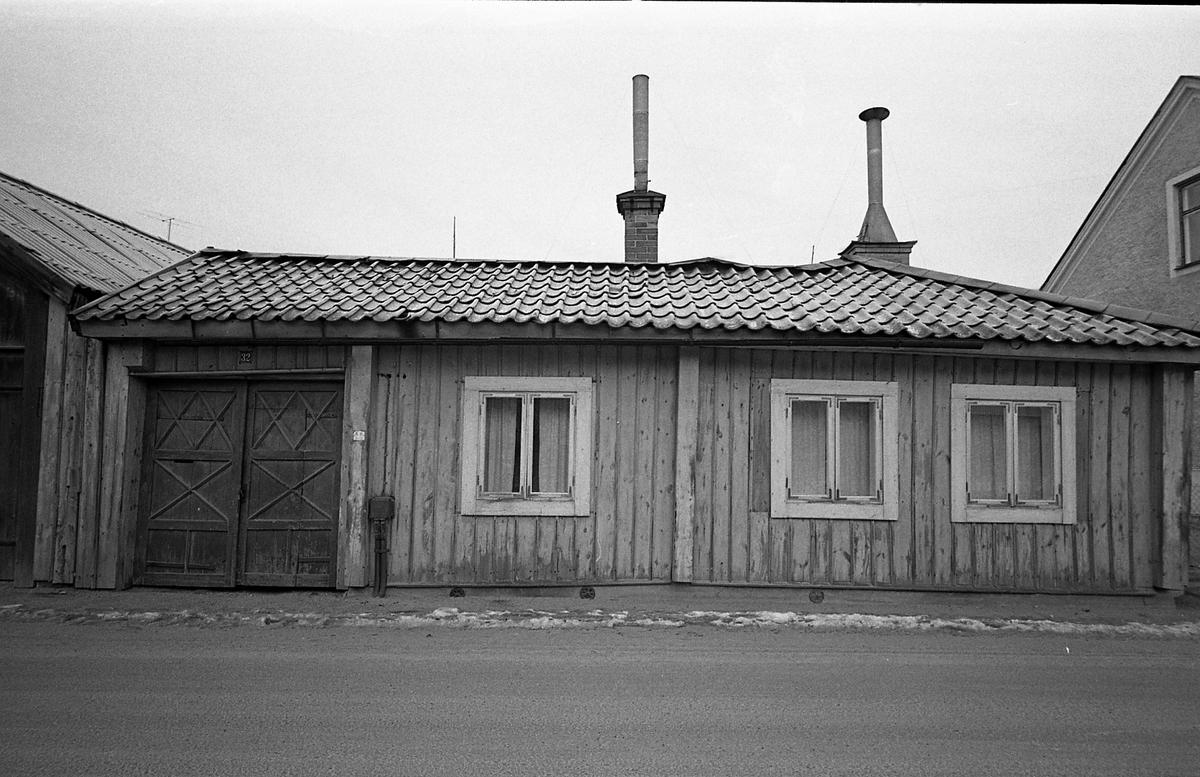 Kvarteret Tullnären, mellan Storgatan - Trädgårdsgatan och Herrgårdsgatan - Paradisgränd. Exteriör. Fasad mot gatan.