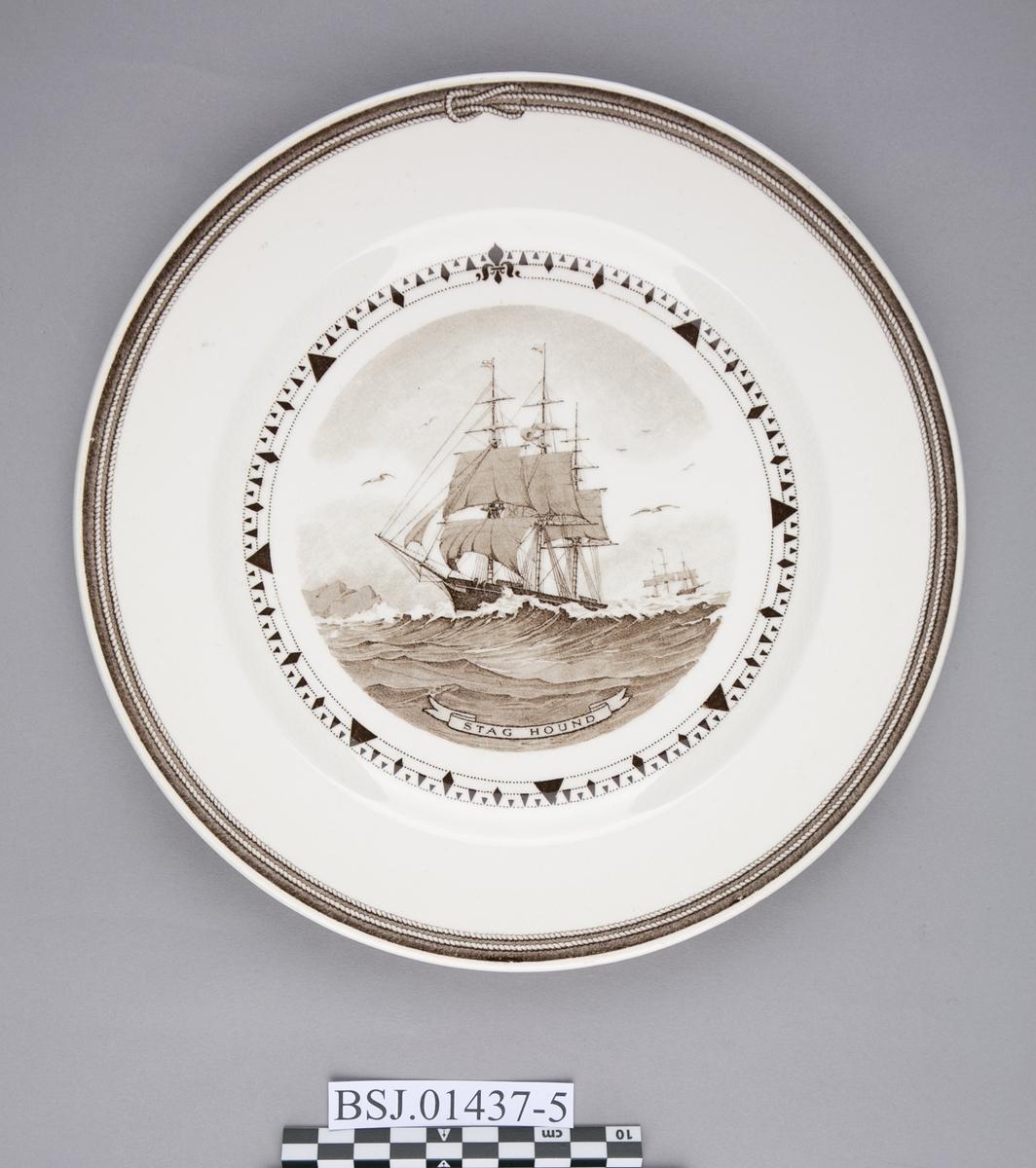 Tallerken med motiv av STAG HOUND, amerikansk klipper skip
