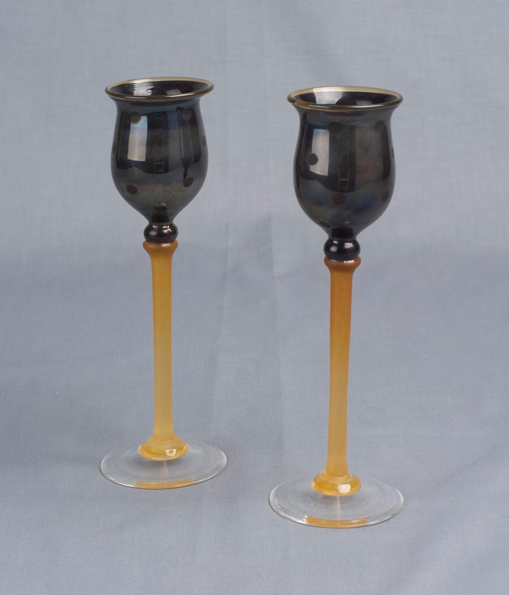 To glass [Likørglass]